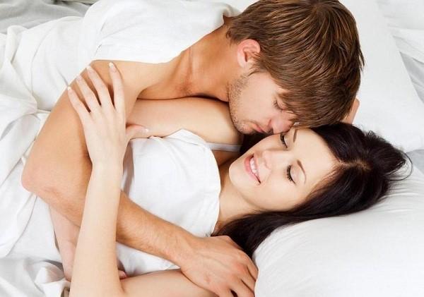 Quan hệ tình dục thường xuyên hơn giúp cải thiện quan hệ vợ chồng
