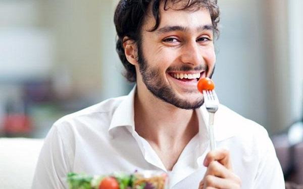 Khi có biểu hiện của bệnh yếu sinh lý nam giới cần ăn uống khoa học