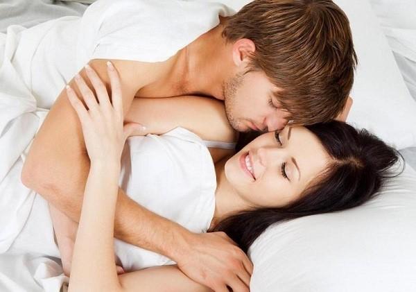 Dầu bôi trơn giúp tăng khoái cảm, sự hưng phấn cho cuộc yêu thêm trọn vẹn