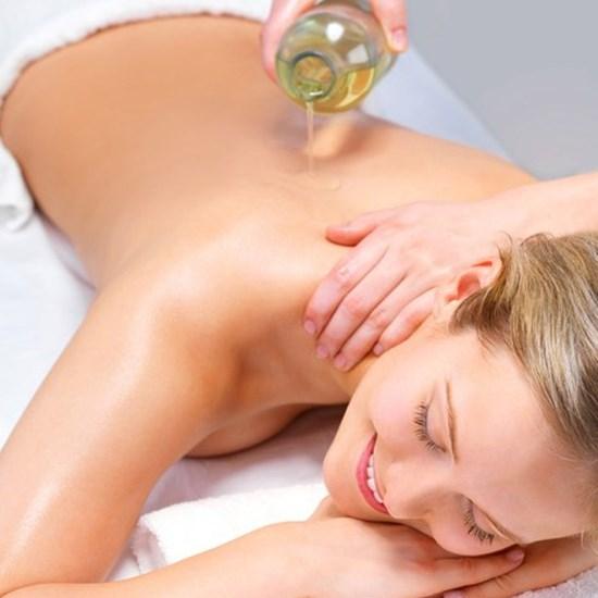 Kỹ năng massage cô bé - Bứt phá giới hạn cực khoái với dầu LIYONI